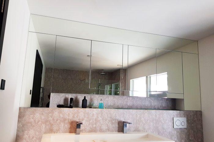 Bathroom cabinets mirror cladding